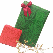 Christmas design Flower and gift wrapping Colorful Embossed nonwoven fabric