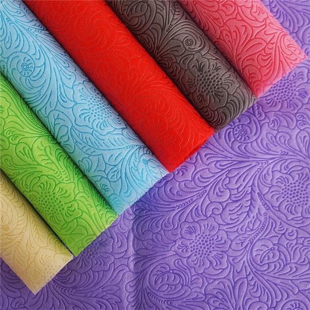 55-65gsm New Design Embossed Gift Packing And Flower Wrapping Nonwoven Fabric Tablecloth