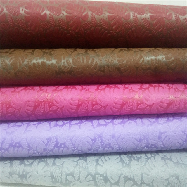 2019 New Pattern Gift Packing Love Pattern Design Embossed Nonwoven Fabric